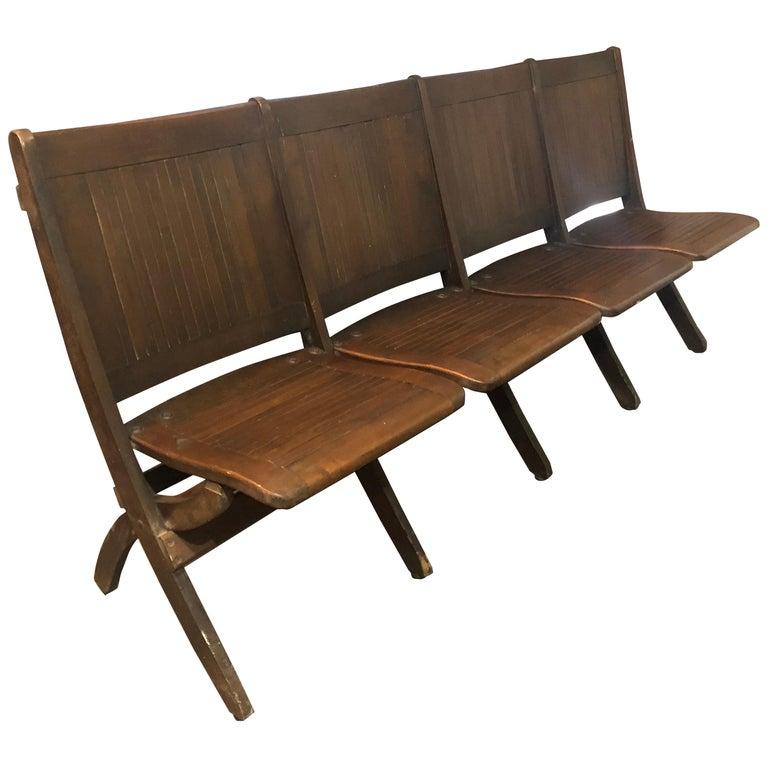 Bench of Oak, 4-Seat, Folding, circa 1920s for Restaurant, Hotel Lobby, Hallway For Sale