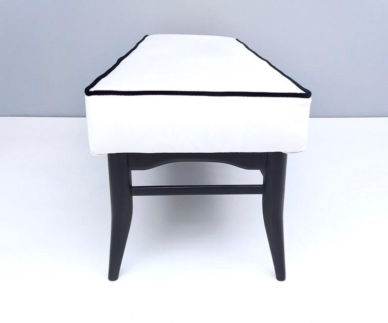 Bench Upholstered in White Velvet with Ebonized Beech Legs, Italy For Sale 2