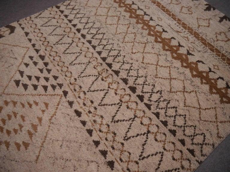 Indian Beni Ahmad Moroccan Design Contemporary Rug For Sale