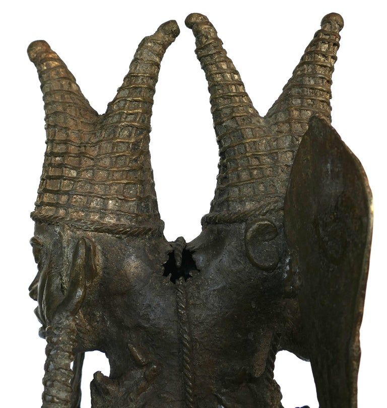 Tribal Benin 'Nigeria' Bronze Figural Offering Depicting Leopards and Tribesmen For Sale