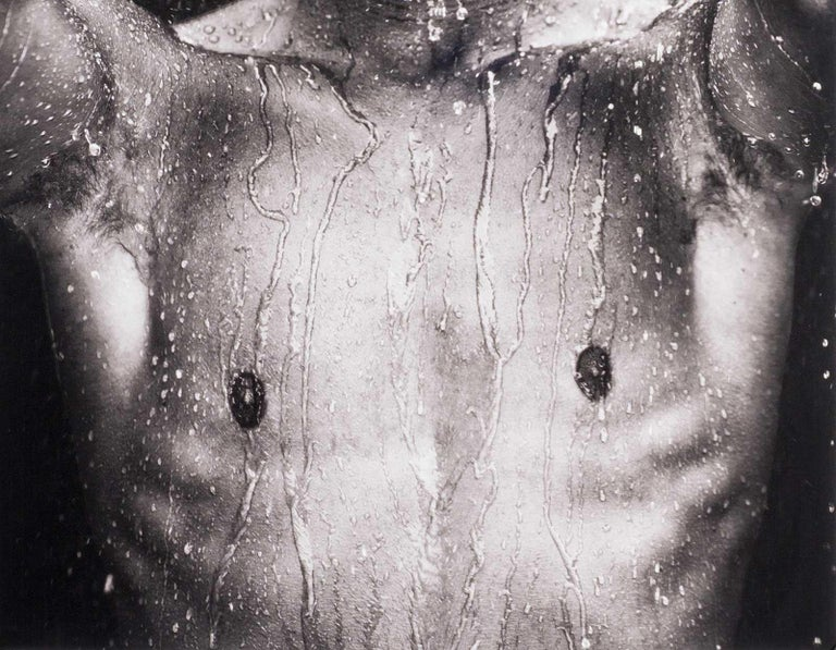 WET, Portrait (young nude Dutch boy is dripping wet and looking directly out) - Contemporary Photograph by Benno Thoma