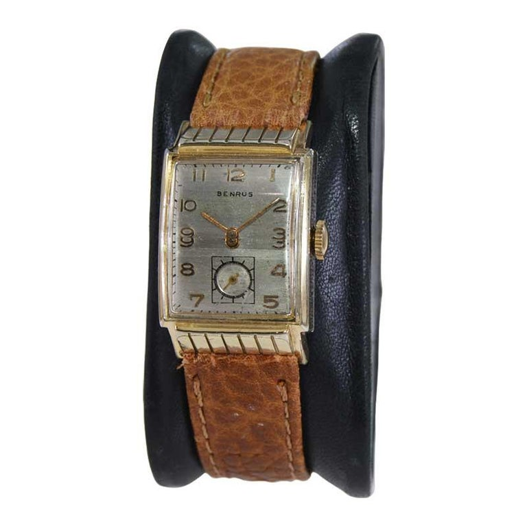 Benrus Art Deco Tank Style Wrist Watch with Original Dial, Circa 1940's In Excellent Condition For Sale In Long Beach, CA