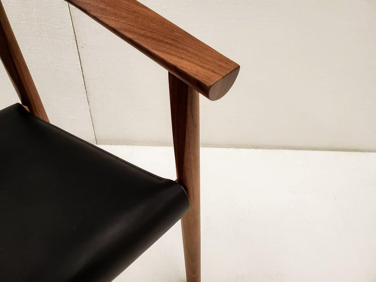 BENSEN Tokyo Chair - walnut frame w/ Black leather seat In New Condition For Sale In Vancouver, BC