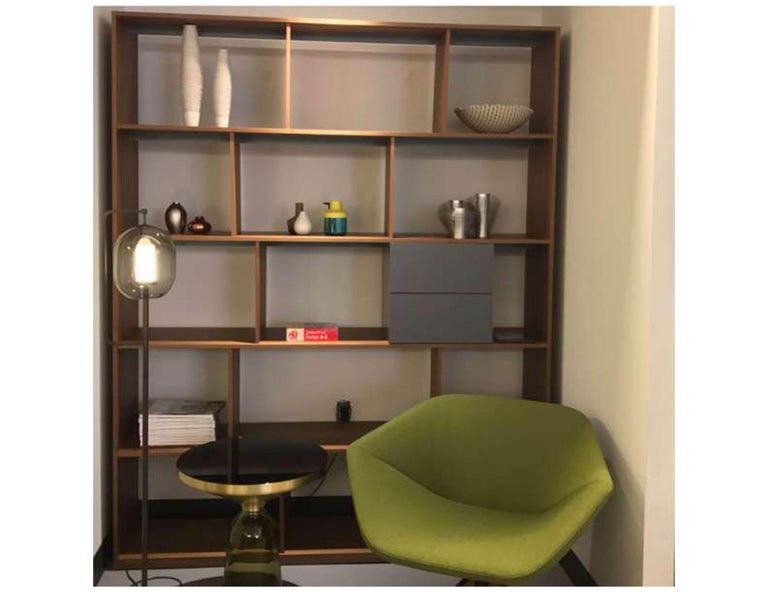 Bensen Walnut Bookcase In Excellent Condition For Sale In New York, NY