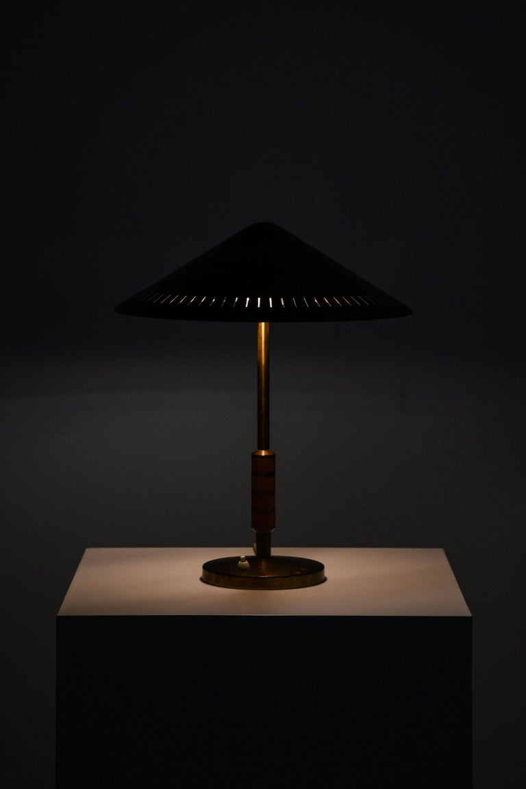 Bent Karlby Table Lamp Produced by Lyfa in Denmark In Good Condition For Sale In Malmo, SE