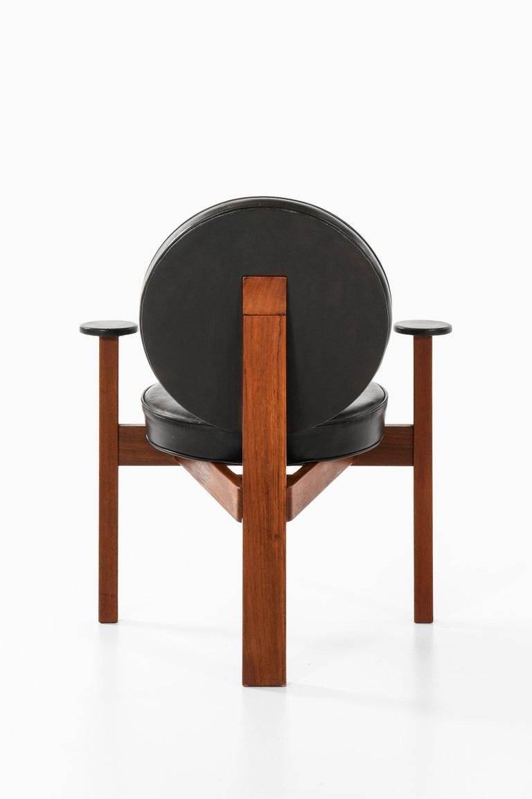 Leather Bent Møller Jepsen Easy Chair with Stool Produced by Sitamo Møbler in Denmark For Sale