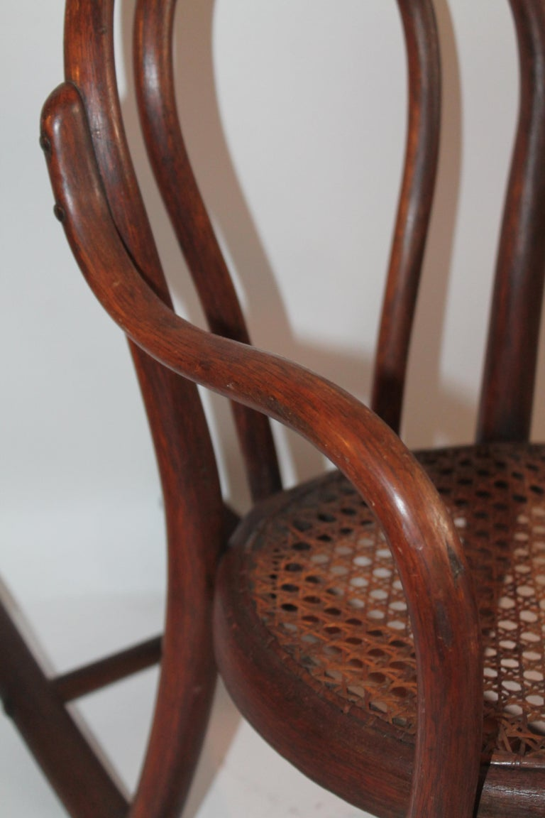 Bentwood Rocker and Chair with Cane Seats, 19th Century In Good Condition For Sale In Los Angeles, CA