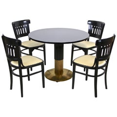 Bentwood Seating Set/ Salon Suite with Round Thonet Table, Austria, circa 1910