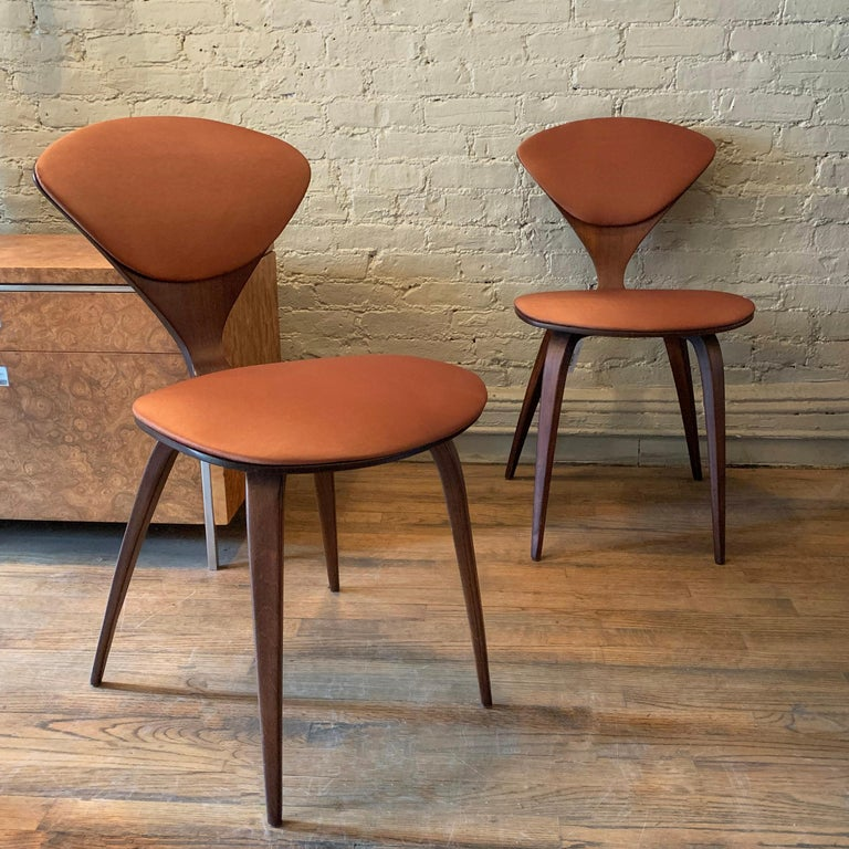 Mid-Century Modern Bentwood Side Chairs by Norman Cherner for Plycraft For Sale