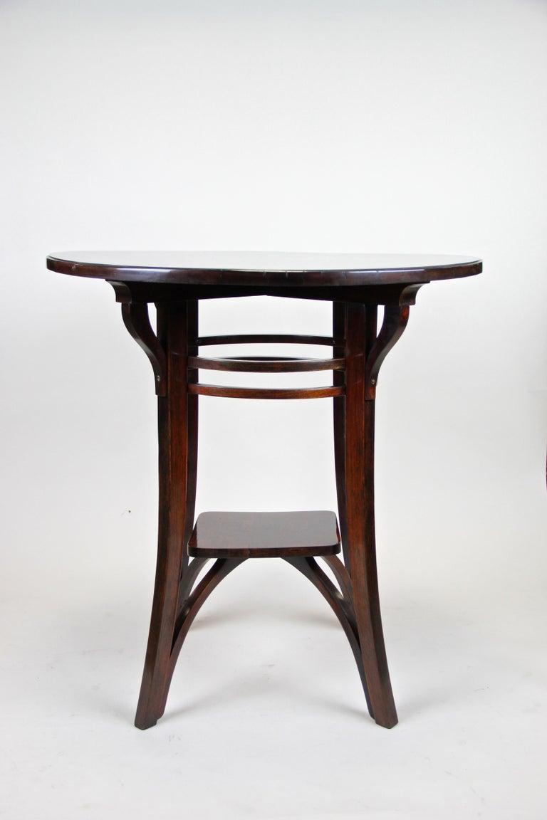 Austrian Bentwood Side Table by Thonet Vienna Art Nouveau, Austria, circa 1905 For Sale