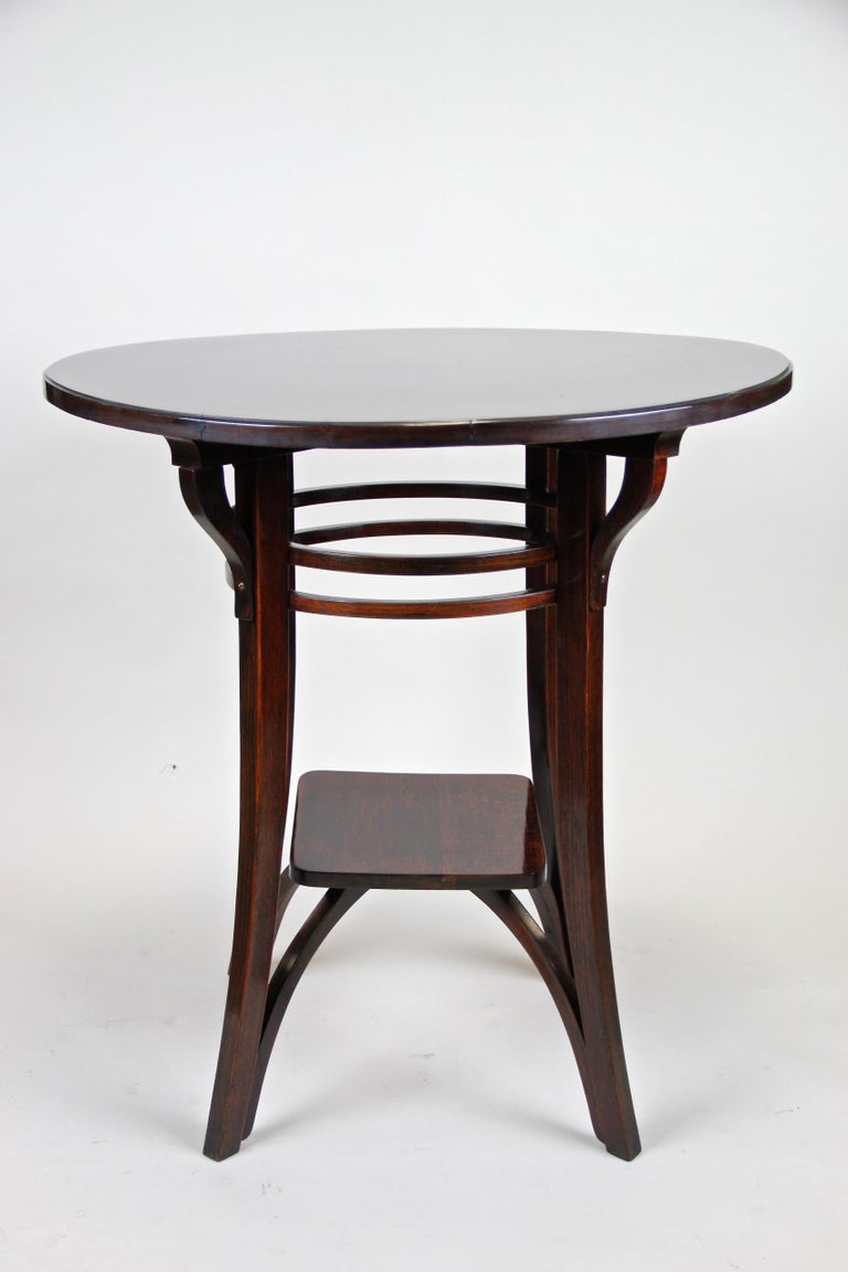 20th Century Bentwood Side Table by Thonet Vienna Art Nouveau, Austria, circa 1905 For Sale