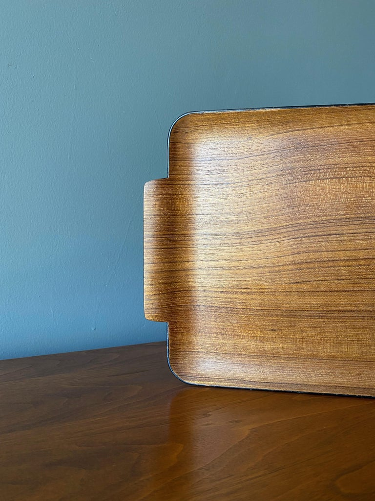 Bentwood Teak Tray circa, 1960 In Good Condition For Sale In Costa Mesa, CA
