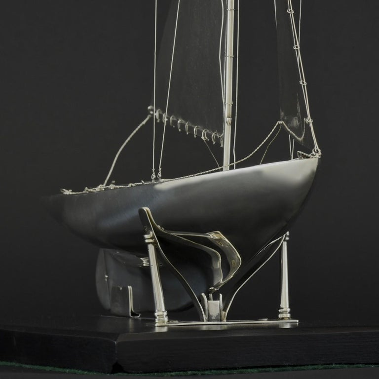 Benzie's Sterling Silver Model Yacht, Hallmarked, 1935 For Sale 2