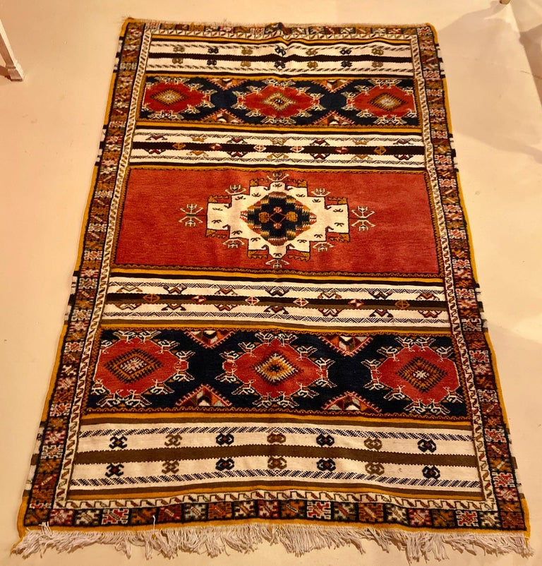 Moorish Berber Rug / Carpet, Handwoven Wool with Regal Pattern, Moroccan For Sale