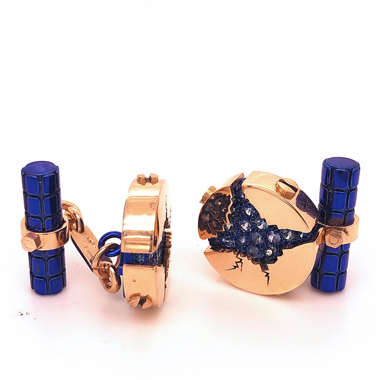 Absolutely Chic, Unique 1.25 Carat Natural Round Blue Brilliant Cut Sapphire in a 0.52 OzT 18Kt Oxidized Navy Blue 18k Rose Gold Setting. In our fitted tobacco leather case and pouch.