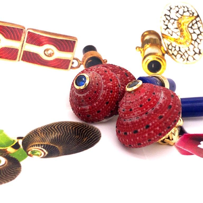 Berca Blue Sapphire Strawberry Red Shell Lapis Baton Back 18K Gold Cufflinks For Sale 6