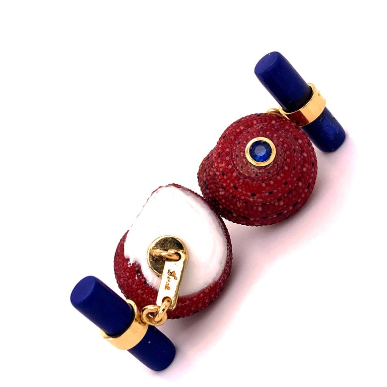 Men's Berca Blue Sapphire Strawberry Red Shell Lapis Baton Back 18K Gold Cufflinks For Sale
