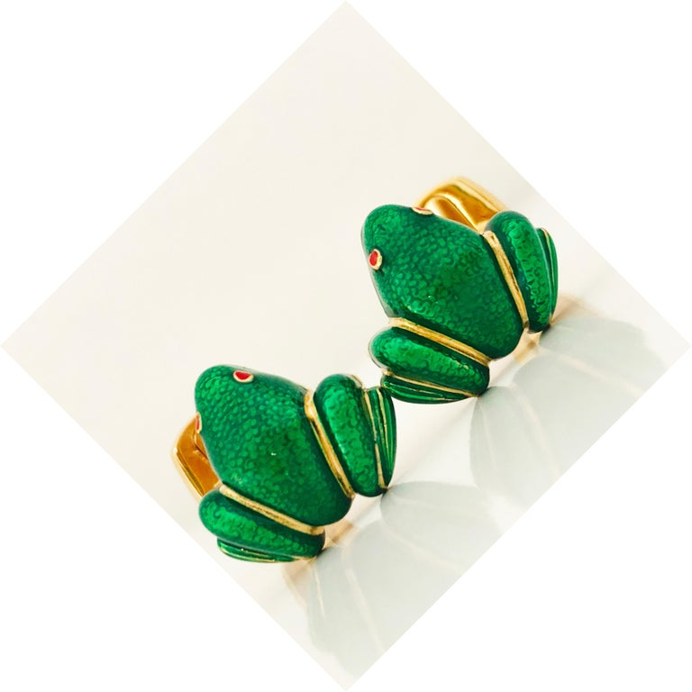 Berca Green Hand Enameled Frog Shaped Sterling Silver Gold-Plated Cufflinks For Sale 3