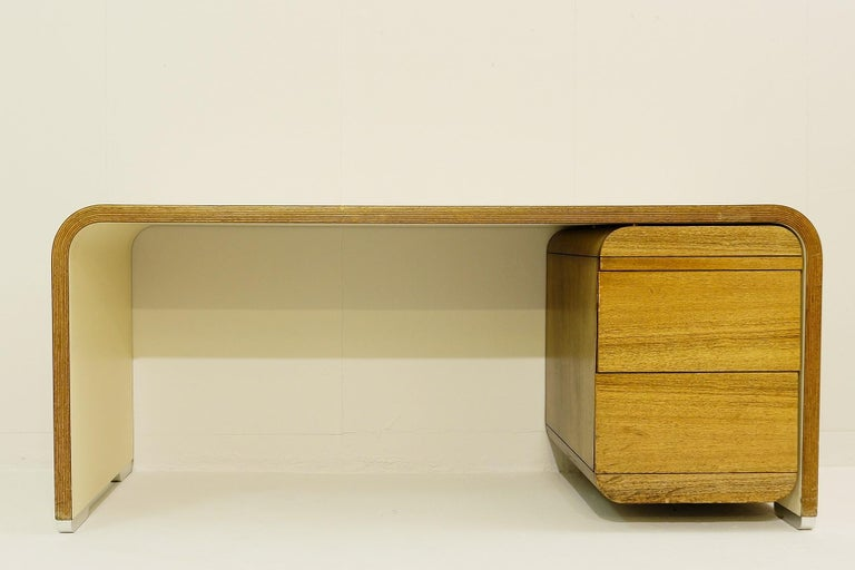 Bergwood white desk.