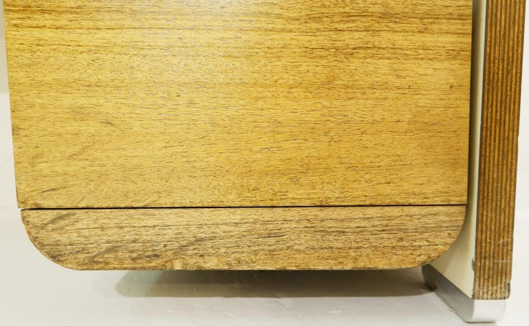 Late 20th Century Bergwood White Desk For Sale