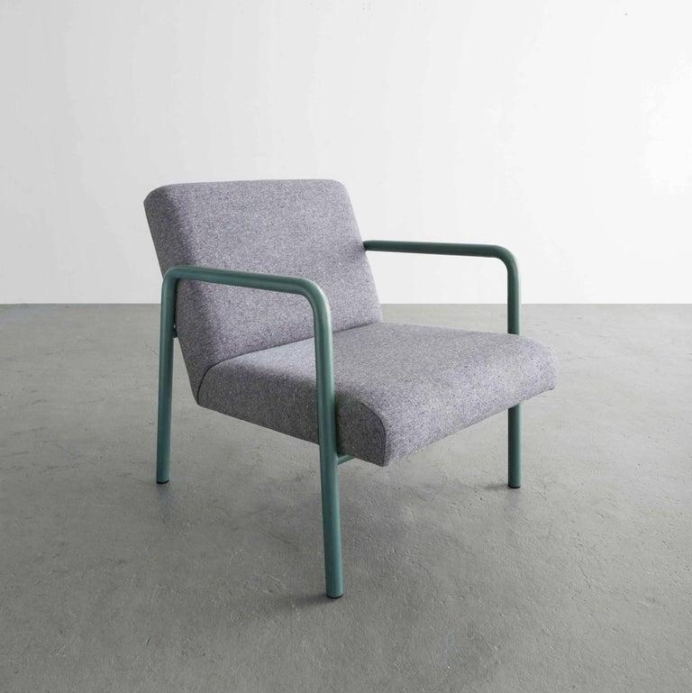 Modern Berm Lounge Chair, Green Powder Coated Steel Tube Frame, Grey Wool Upholstery For Sale