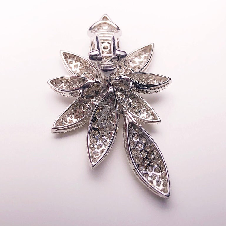 Bernard Grosz 18 Karat White Gold and 6.81 Carat Diamond Flower Earclips In New Condition For Sale In New York, NY