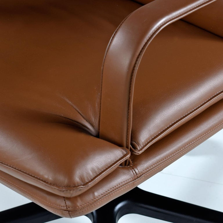 Bernd Munzebrock for Geiger-Brickel Bristol Leather Attaché Chair For Sale 1