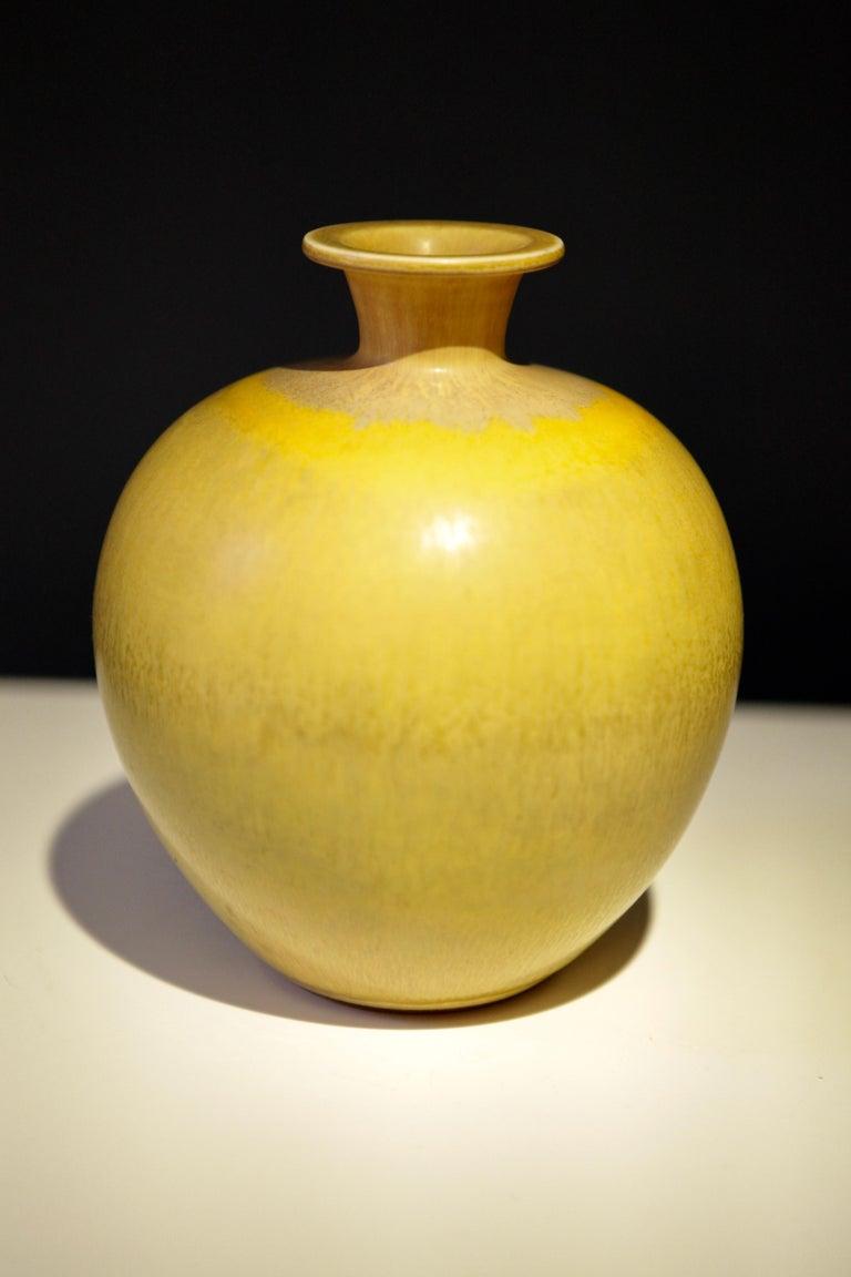 Scandinavian Modern Berndt Friberg, Stoneware Vase, Gustavsberg, Sweden, 1969 For Sale
