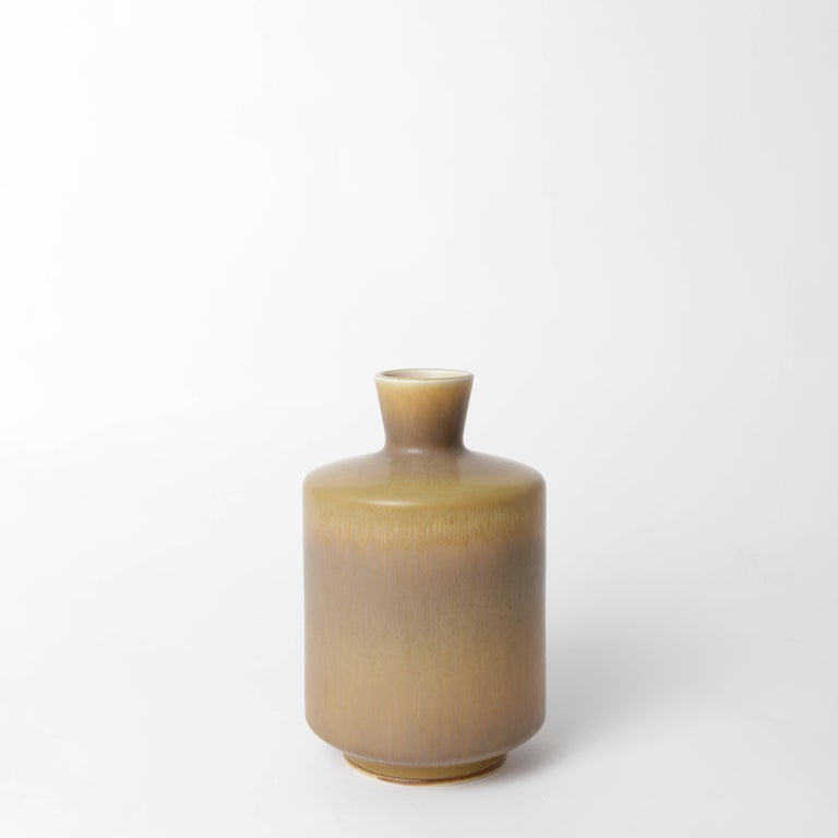 Unique stoneware vase by Berndt Friberg for Gustavsberg 1966 with geometric harefur glaze.