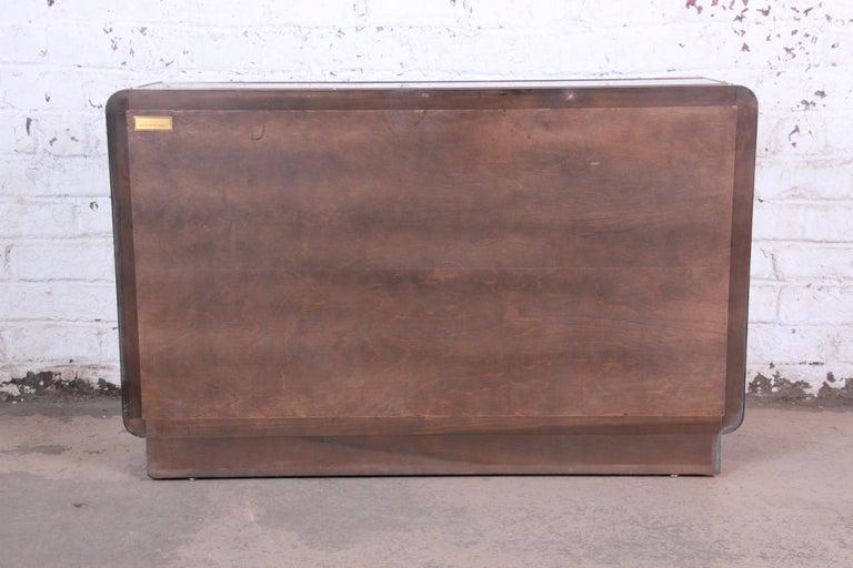 Bernhard Rohne for Mastercraft Hollywood Regency Burl Wood and Brass Bar Cabinet For Sale 5