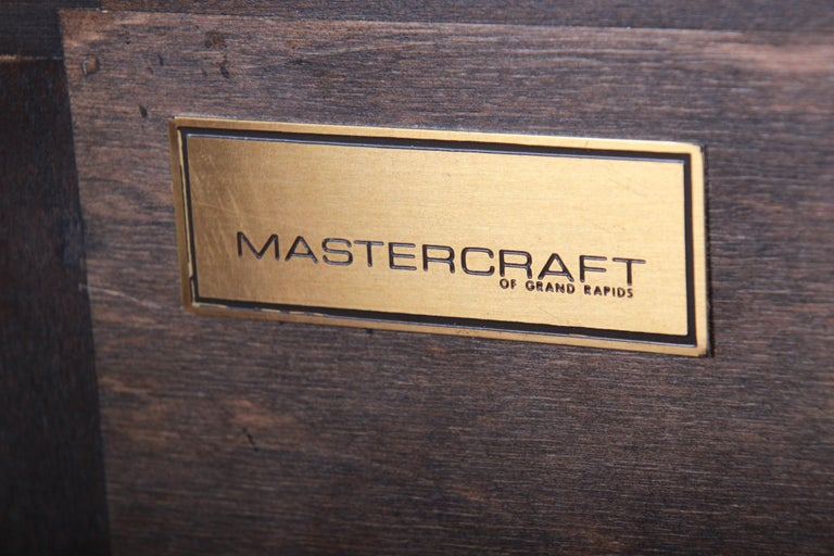 Bernhard Rohne for Mastercraft Hollywood Regency Burl Wood and Brass Bar Cabinet For Sale 6