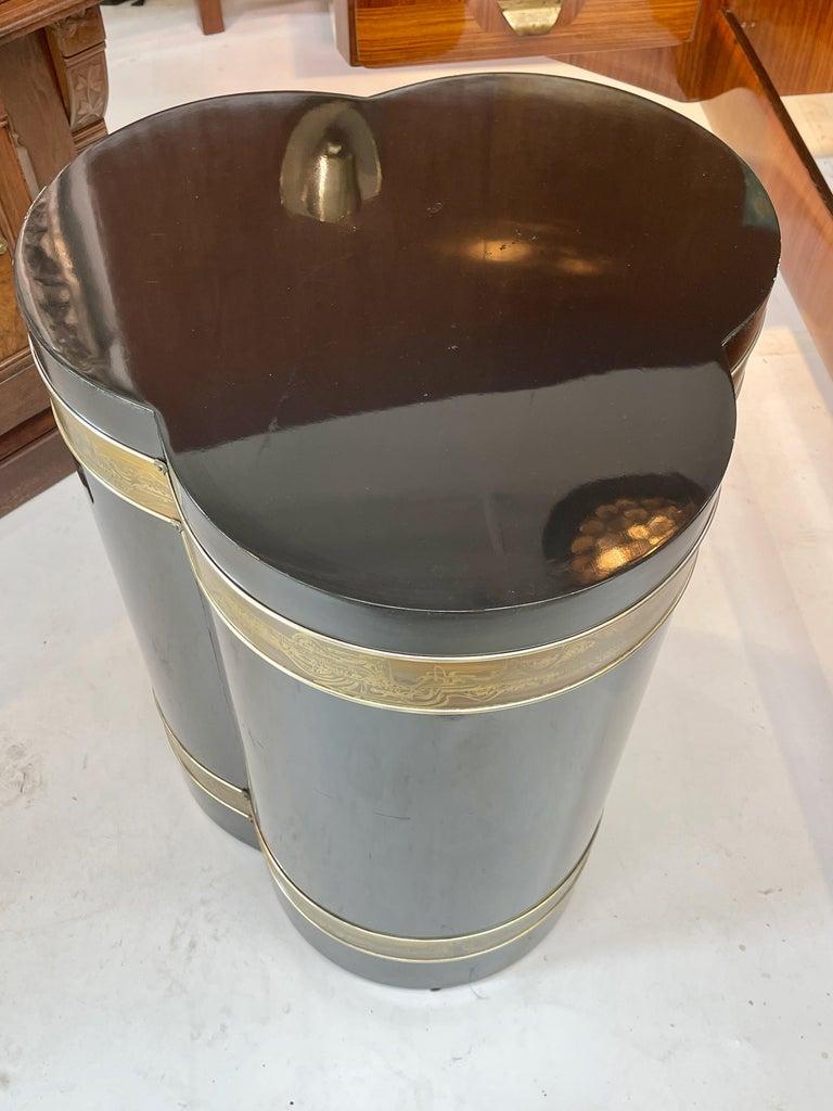 Bernhard Rohne for Mastercraft Trefoil Pedestal Table For Sale 2