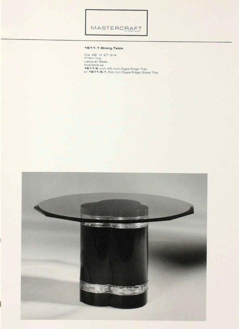 Etched Bernhard Rohne for Mastercraft Trefoil Pedestal Table For Sale