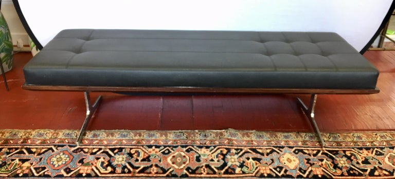 Bernhardt Black Leather and Mahogany Chaise Lounge Settee Lounger Daybed For Sale 7