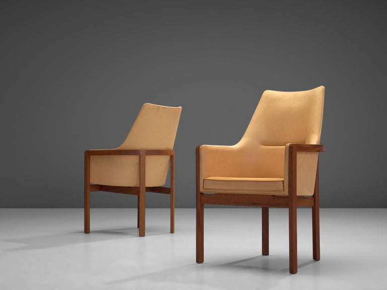 Bernt Peterson for Søborg Møbelfabrik Set of Six Dining Chairs in Leather For Sale 1