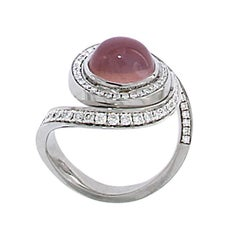 Berquin Certified 3.04 Carat Rose Quartz Star Effect Cabochon Gold Cocktail Ring