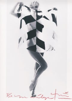 Marilyn in the Black and White Scarf