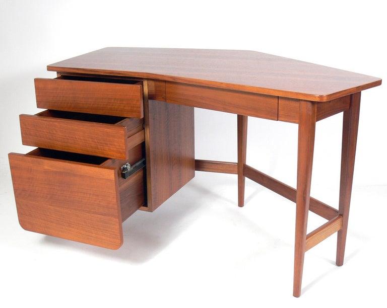 American Bertha Schaefer for Singer & Sons Desk For Sale