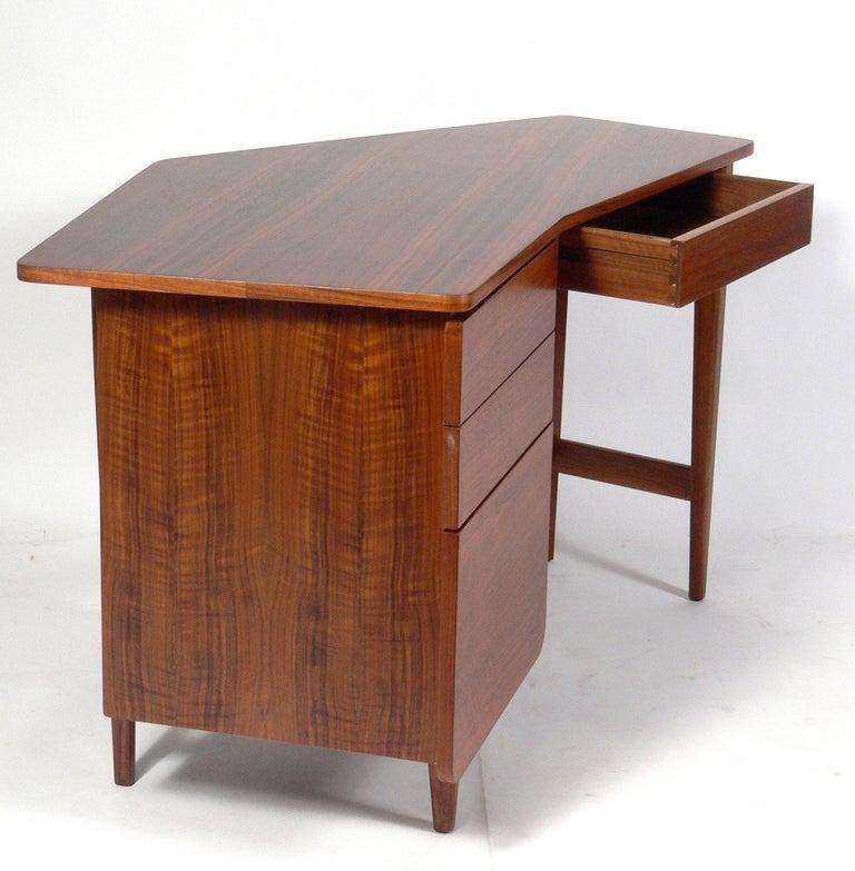 Bertha Schaefer for Singer & Sons Desk In Good Condition For Sale In Atlanta, GA