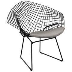 Bertoia Diamond Chair with Classic Boucle/Smoke Seat Pad & Black Frame
