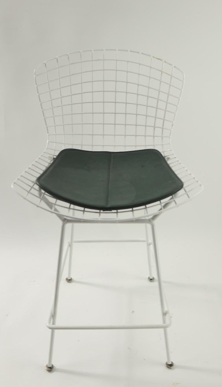 Bertoia for Knoll Stool In Good Condition For Sale In New York, NY