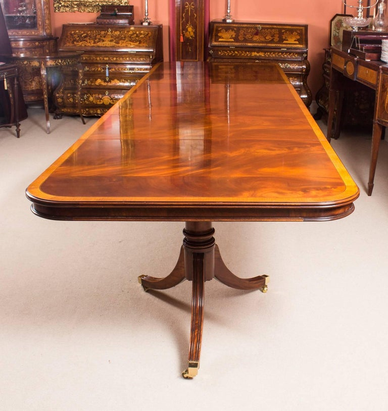 Bespoke Regency Style Dining Table Inlaid Flame Mahogany