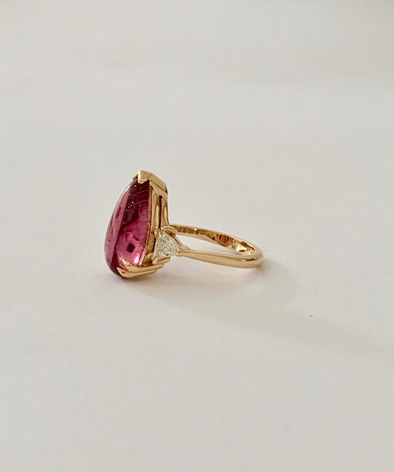 Modern Bespoke 5.79 Carat Pink Pear Cut Cabochon Tourmaline and Diamond Ring For Sale