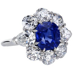 AGL Certified 4.90 carat Unheated Kashmir Sapphire Diamond Cluster Platinum Ring