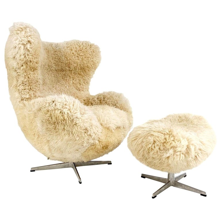Bespoke Arne Jacobsen Egg Chair and Ottoman in California Sheepskin