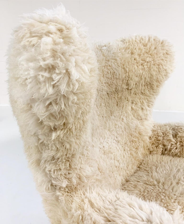 20th Century Bespoke Arne Jacobsen Egg Chair and Ottoman in California Sheepskin