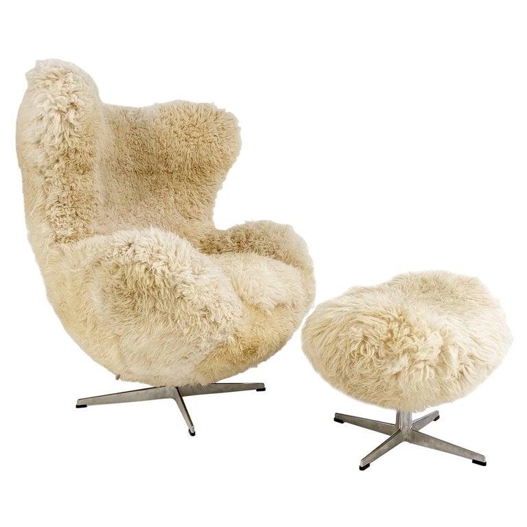 Bespoke Arne Jacobsen Egg Chair & Ottoman in California Sheepskin For Sale