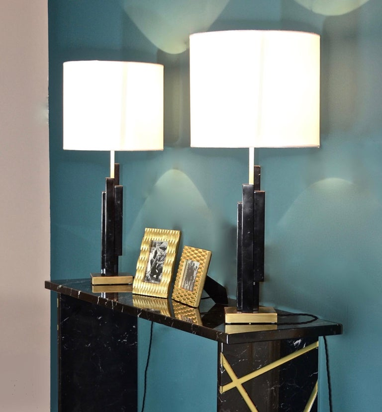 Italian Art Deco Style Pair of Black White Marble Satin Brass Modern Table Lamps For Sale 6