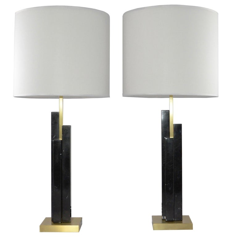 Italian Art Deco Style Pair of Black White Marble Satin Brass Modern Table Lamps For Sale