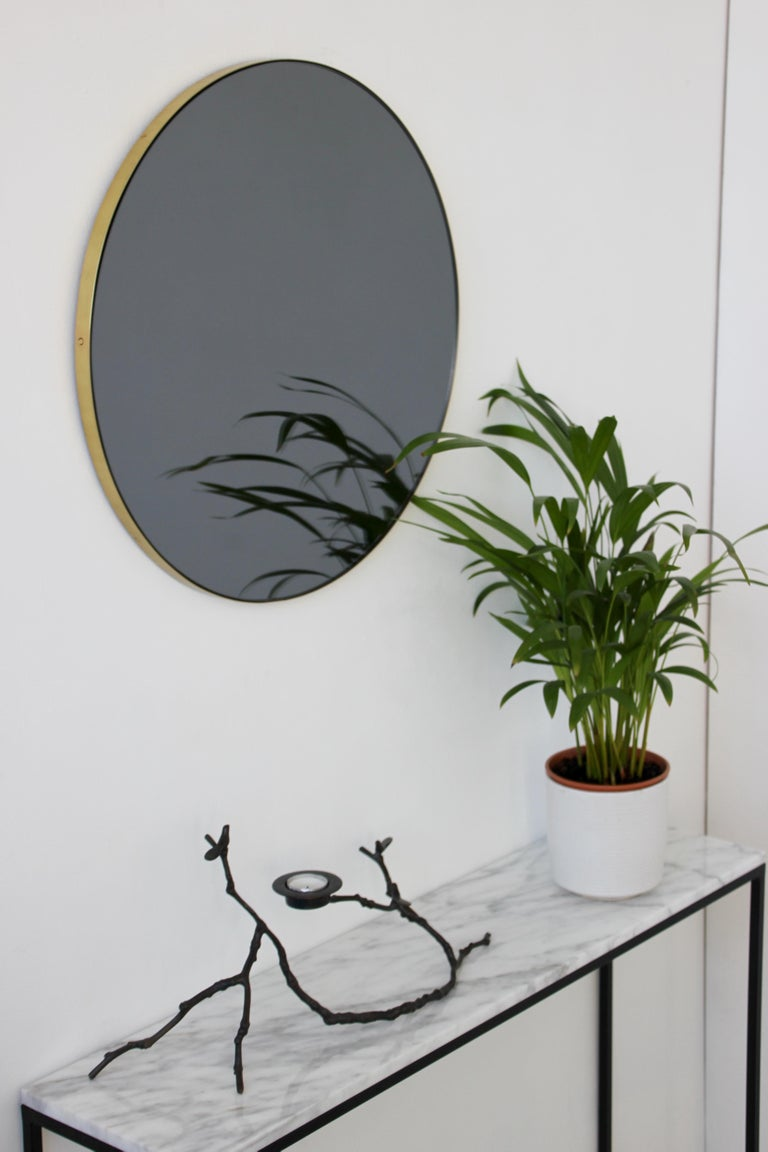 Organic Modern Orbis™ Black Tinted Round Contemporary Mirror with Brass Frame - Large For Sale